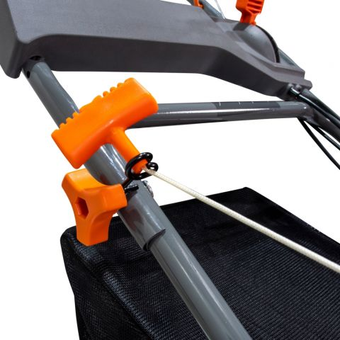 Mașină de tuns gazon<span> DAC 120XL
